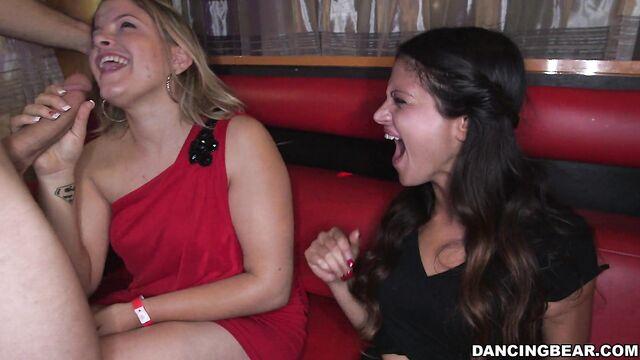 Девишник: голодные сосущие девки