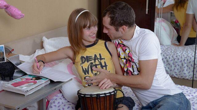 тугая попка красивой русской студентки