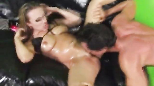 Струйные сквиртинг оргазмы Tiana Lynn