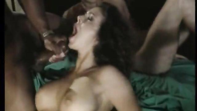 250 оргазмов мужчин и сперма на лице девушек