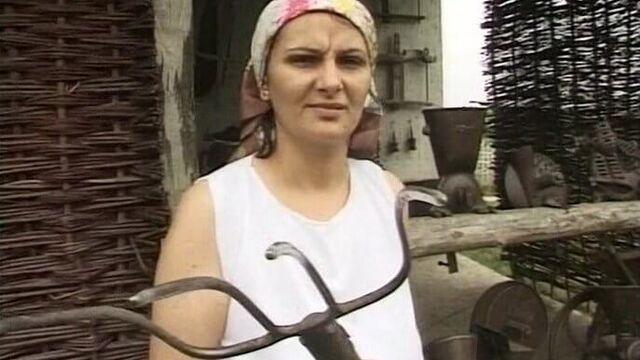 Ненасытная крестьянка - полный порно фильм на русском