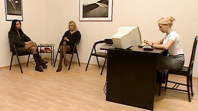 Катины Cновидения (Катины сны) - полнометражный порно фильм с переводом
