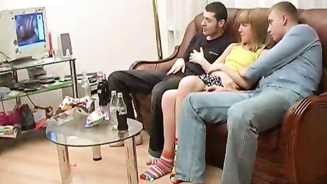 Первый сексуальный опыт с двумя мужчинами