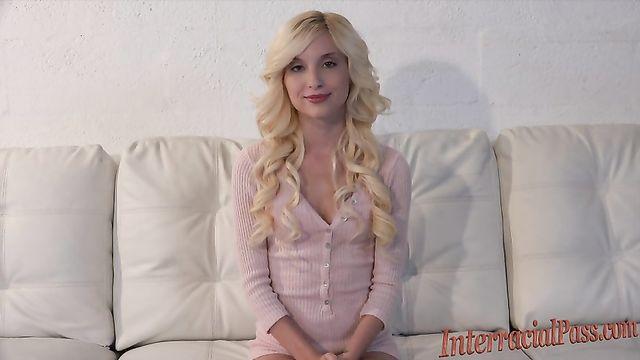 Самая худая порно звезда Piper Perri и самый большой член