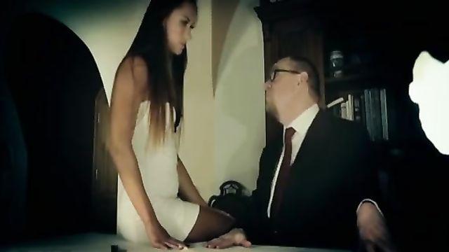 Порно фильмы: Джесси, Личный Ассистент (с русским переводом)