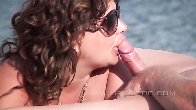 Групповые порно оргии нудистов на пляже: Секс в дюнах 5