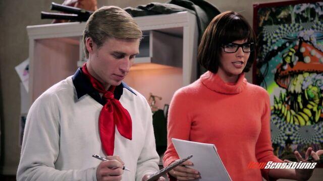 Скуби-Ду. Порно пародия / Scooby Doo: A XXX Parody (2011) онлайн