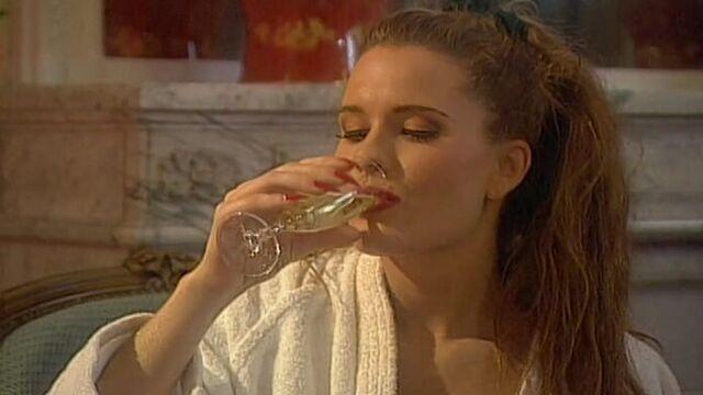 Жиголо / Private Film 27: Gigolo (1995) порно фильм с русским переводом!