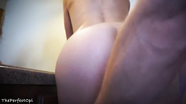 Домашнее видео: Трахнул в анал и кончил внутрь!