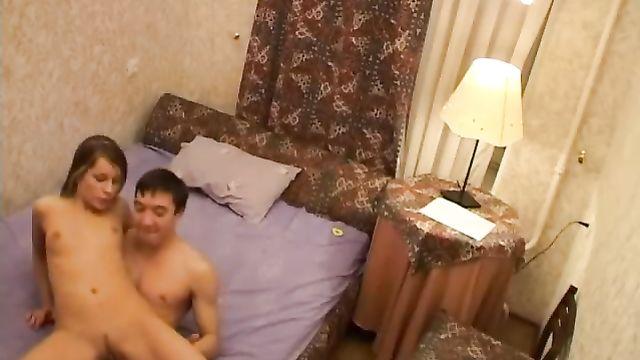 Домашнее порно видео пары молодых не опытных студентов