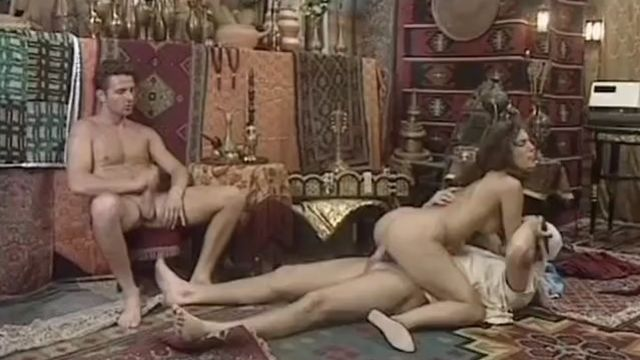 Пирамида 1 / Private Gold 11: Pyramid (порно фильм №1) с русским переводом