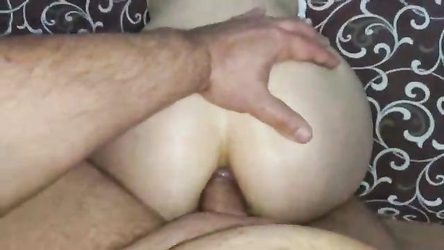 Русское порно: Сама напросилась на анальный секс!