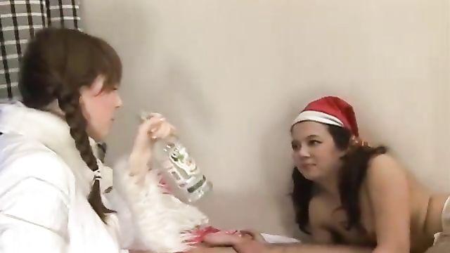Русские порно фильмы: Новогодние блядки (2008) смотреть онлайн