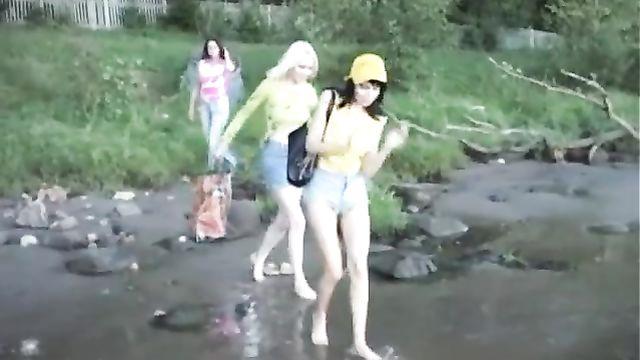 Русское полнометражное порно: Ксюшка, Машка и Наташка