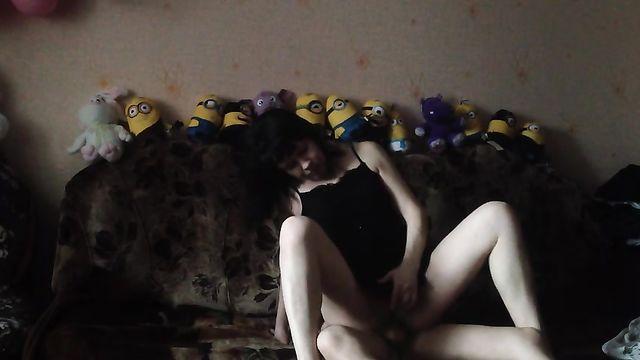Домашнее порно: Егорова Настя в позе наездницы