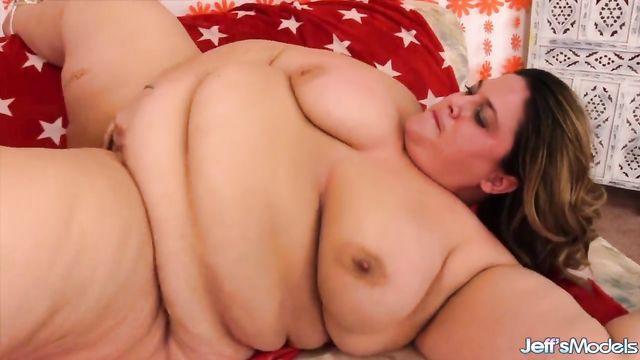 Порно ролик с очень толстой большой бабой