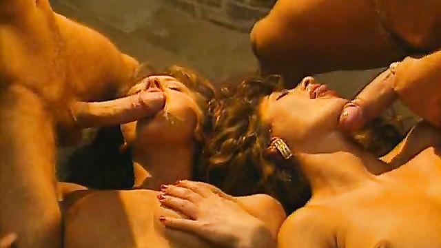 Порно фильм Мы лечим все! Анальная клиника - с русским переводом