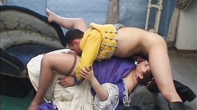 Русский порно фильм: Гусарские блудни  (Т. Тайская, С. Волк, SPCompany)