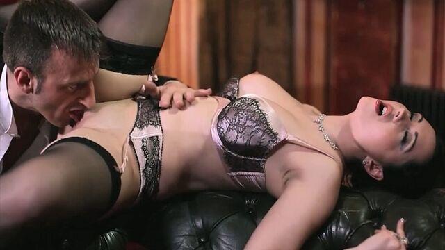 Похотливые домохозяйки / Lustful Housewives (порнофильм с русским переводом)