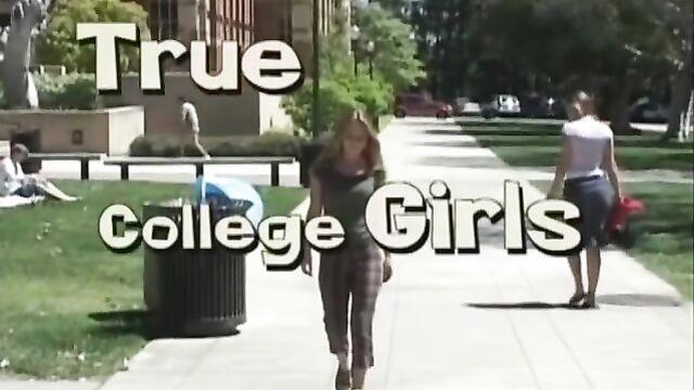 Порно фильм: Настоящие университетские девушки (с русским переводом)