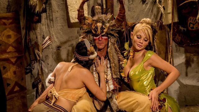Питер Пэн XXX: Пародия (2015) порно фильм с русским переводом